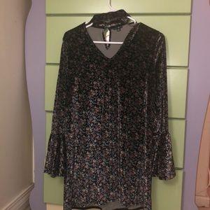 Cute bell sleeved dress
